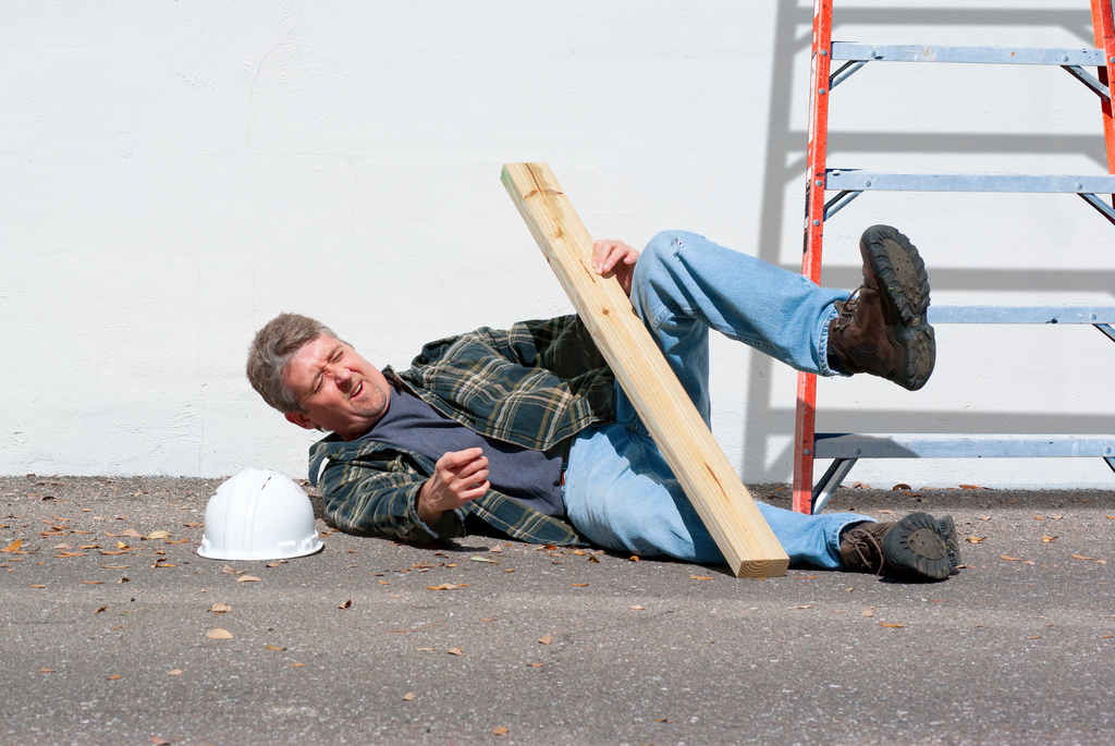 osha_ladders_falls_injury_worker_workplace_safety
